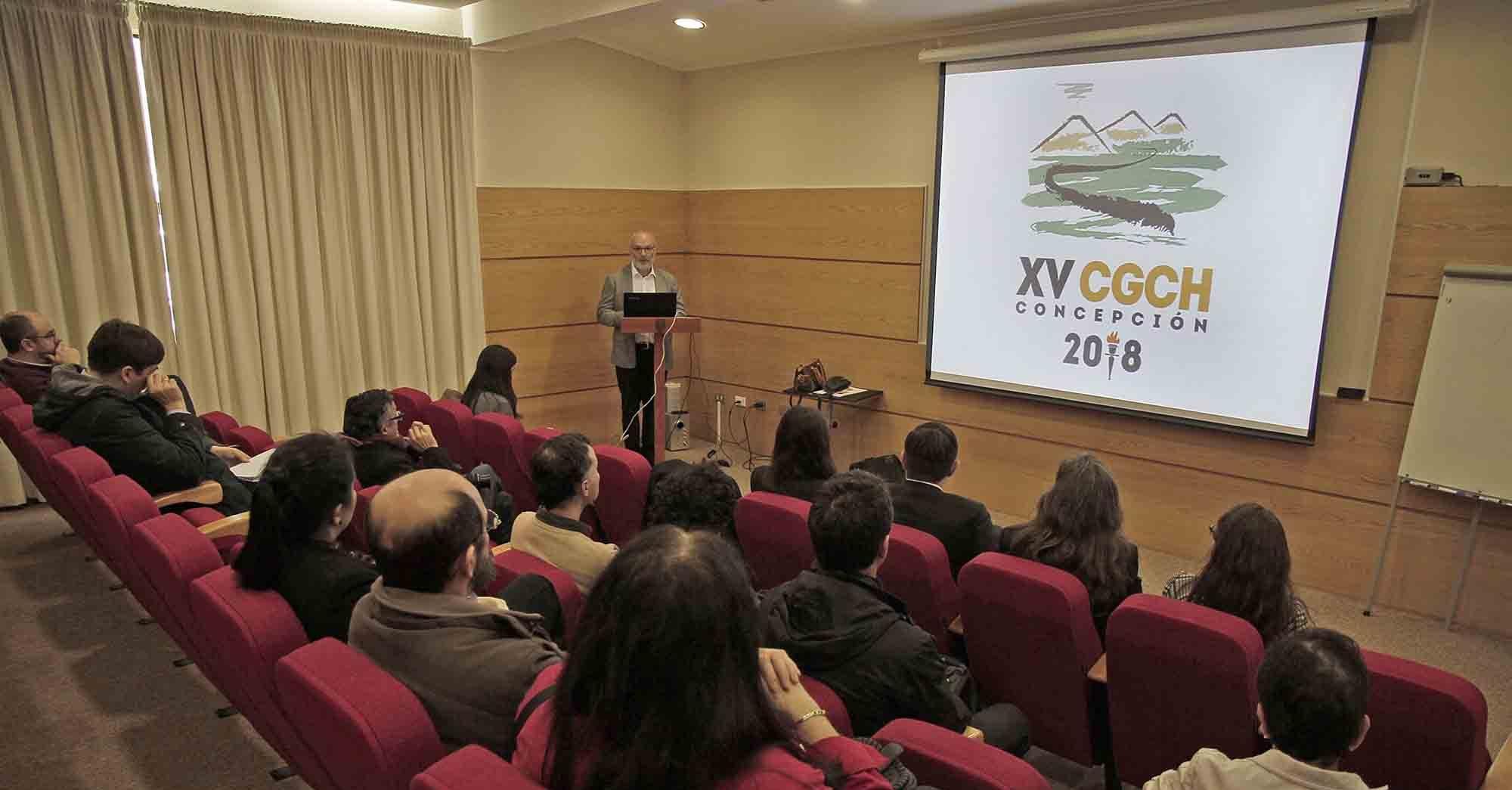 UdeC lanza congreso de Geología