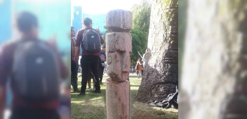 Municipio de Concepción llama a devolver figura mapuche sacada de la Plaza Independencia - Diario Concepción