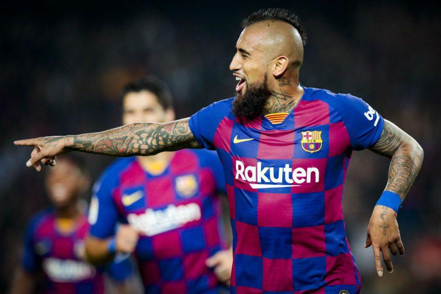 Vidal será de la partida en el duelo Barcelona-Sevilla por La Liga