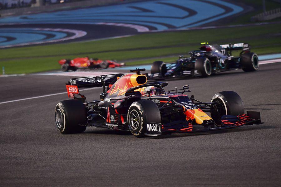 Fórmula 1 anuncia cambios para su calendario 2021